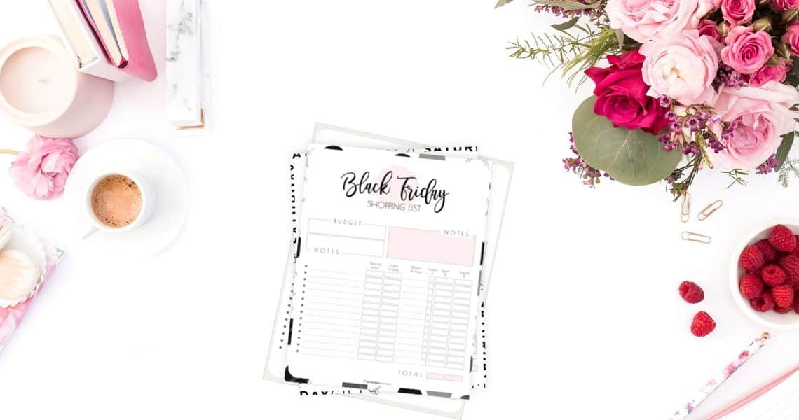 Want to plan ahead your Black Friday Shopping, save money and make sure you won't buy things you didn't plan to buy? Super! Here's a pretty and practical Black Friday Shopping List Printable set that'll help you stay focused with all the amazing deals!
