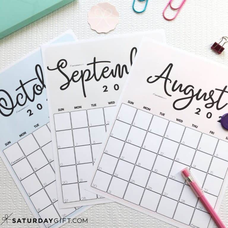 Cute Printable August, September, October Pink, blue and beige calendars by month IMG2 | SaturdayGift