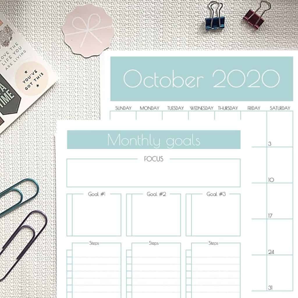 Want to easily set and achieve your mini-goals? That's awesome! Here's a monthly goals template and calendar that'll help you do just that. #goalsetting #plannerpages