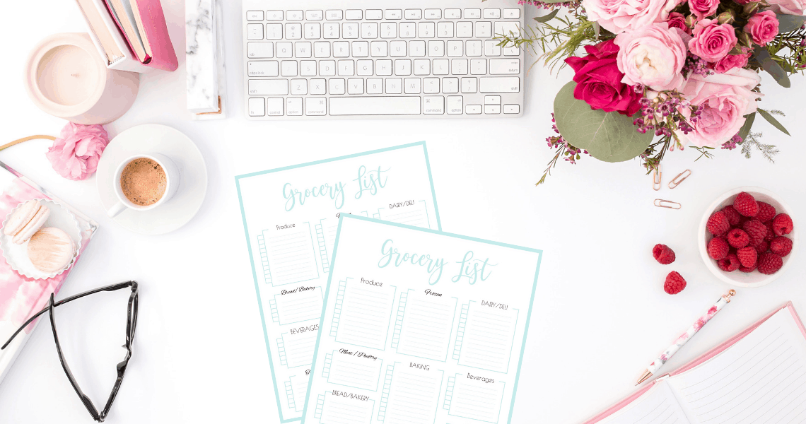 Printable grocery shopping list template {Free printables} + step by step instructions on how to plan a successful party. Simplify your party planning so that you can be organized, productive and stress-free. Printable planner. Checklist. Party planning printable series - part 4. | SaturdayGift | Saturday gift #SaturdayGift