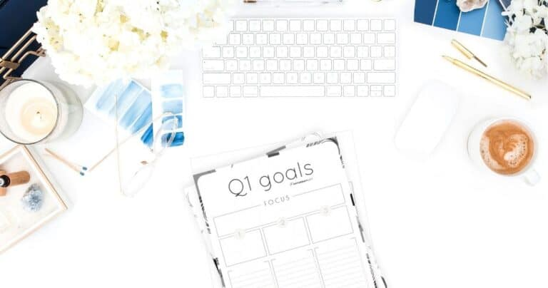 How to Set & Achieve Quarter One Goals + Q1 Goals Worksheets