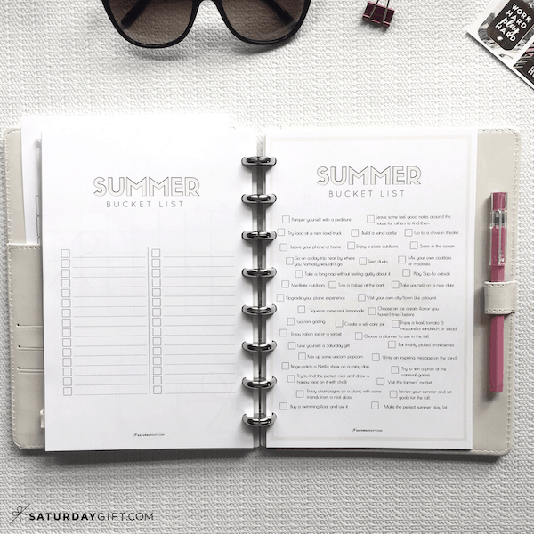 Summer bucket list + 40 feel good things to do this summer {Free printables} | Blank bucket list | Multiple sizes | US letter | Half letter | A4 (A5)| SaturdayGift | Saturday gift #saturdaygift