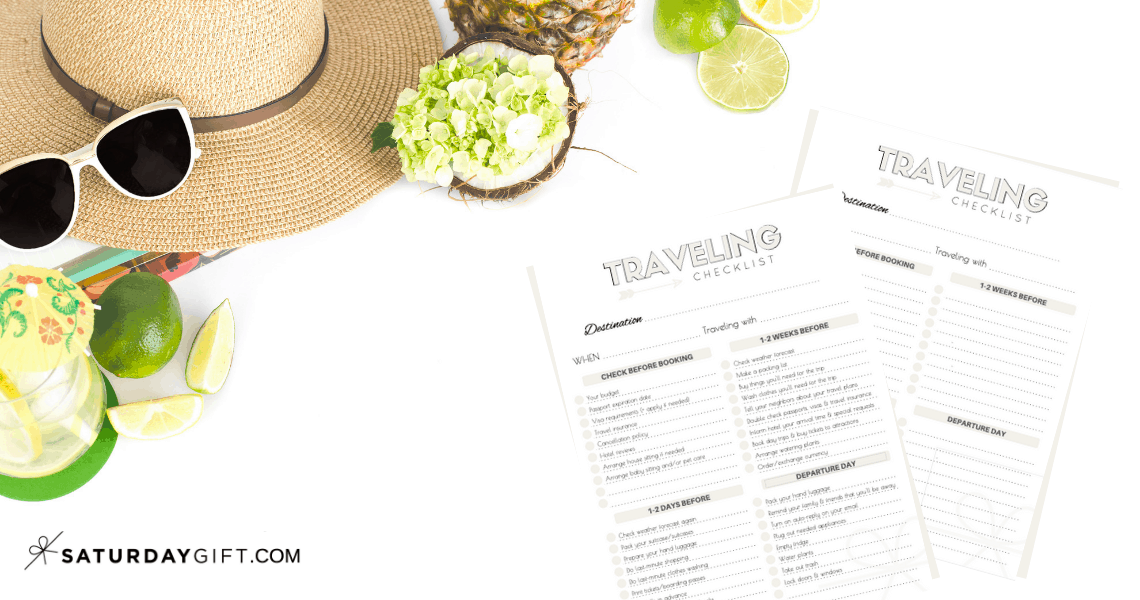 The Complete traveling checklist {Free printables}